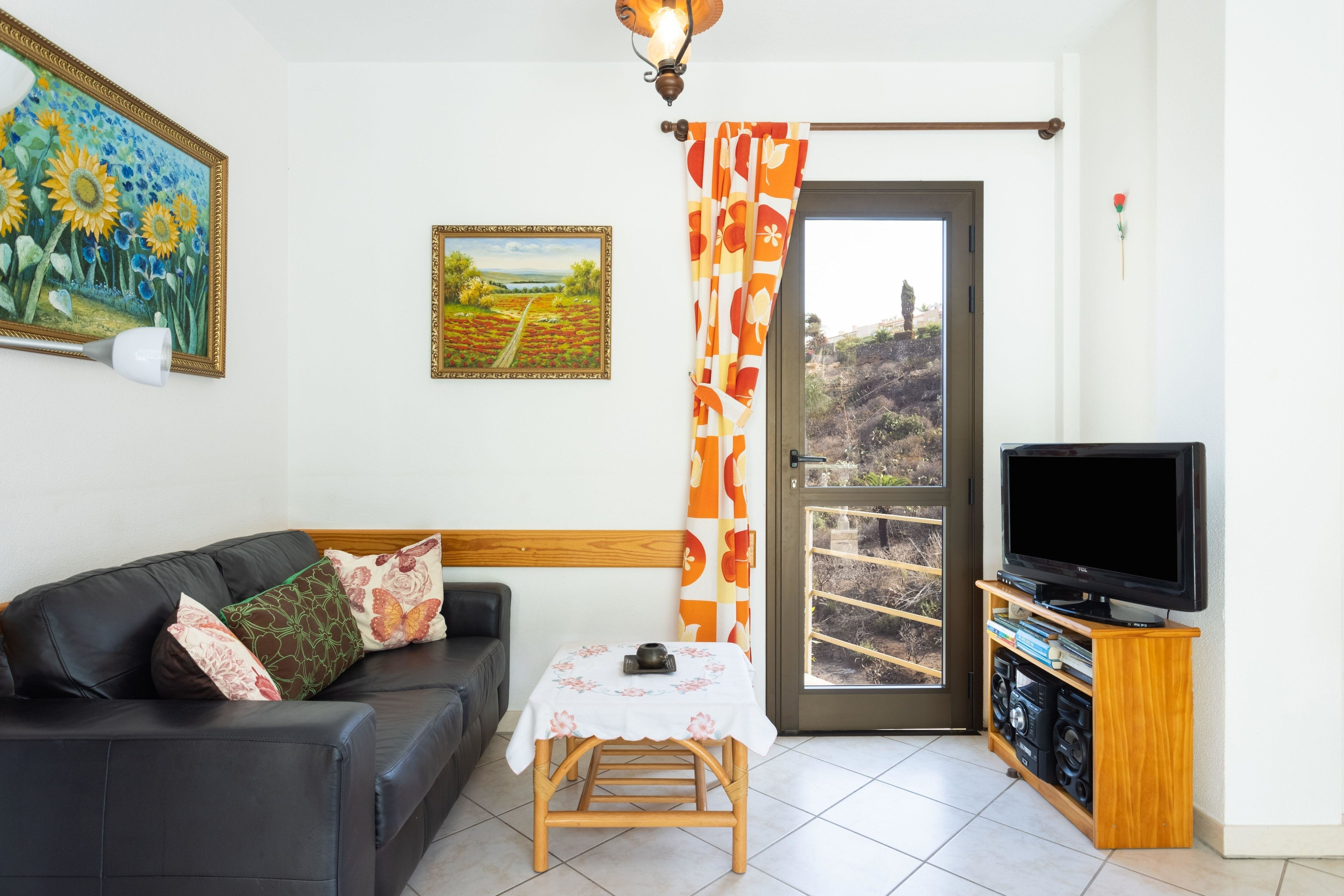 Appartement de vacances Fewo Atico Florasol, sehr ruhig direkt am Naturschutzgebiet, mit Pool, 2 Terrassen, Grill, (2492983), Santa Ursula, Ténérife, Iles Canaries, Espagne, image 2