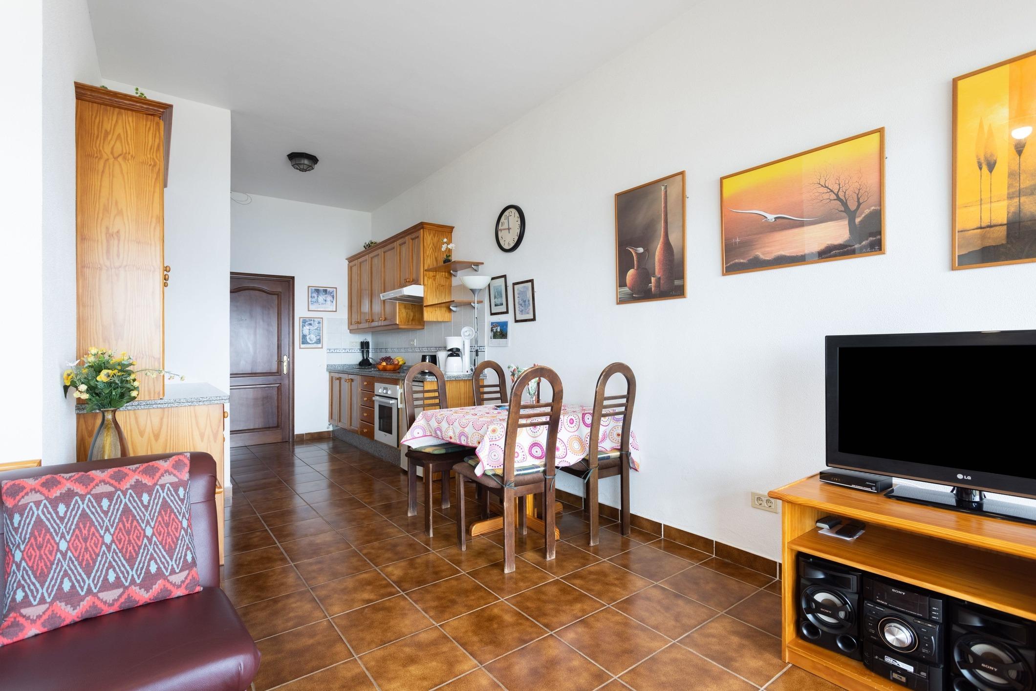 Appartement de vacances Fewo Solymar, mit 2 Schlafzimmern, 2 Bädern, eigener Terrasse und Garten, Meerblick, Pool, (2492986), Santa Ursula, Ténérife, Iles Canaries, Espagne, image 4