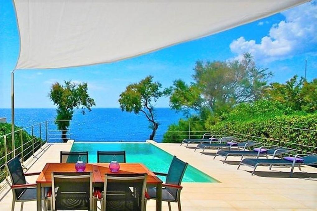 Luxus Villa Xucana direkt am Meer