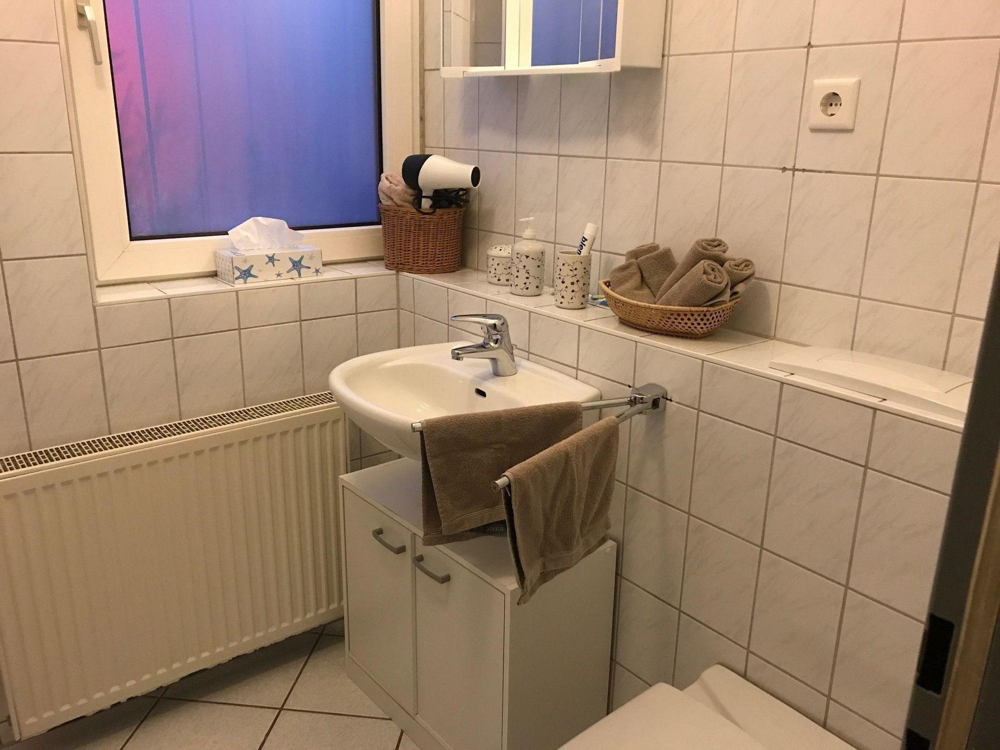 Ferienwohnung 2 Zimmer Möblierte Wohnung mit Terrasse (2656522), Wuppertal, Bergisches Land, Nordrhein-Westfalen, Deutschland, Bild 3